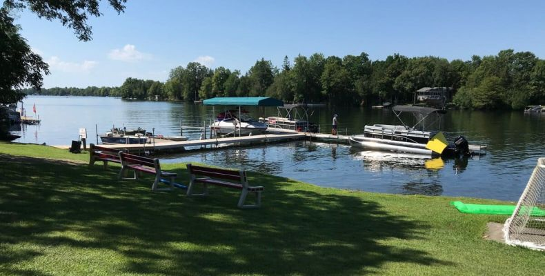 Bass Lake Lodge, beach, docks, boats