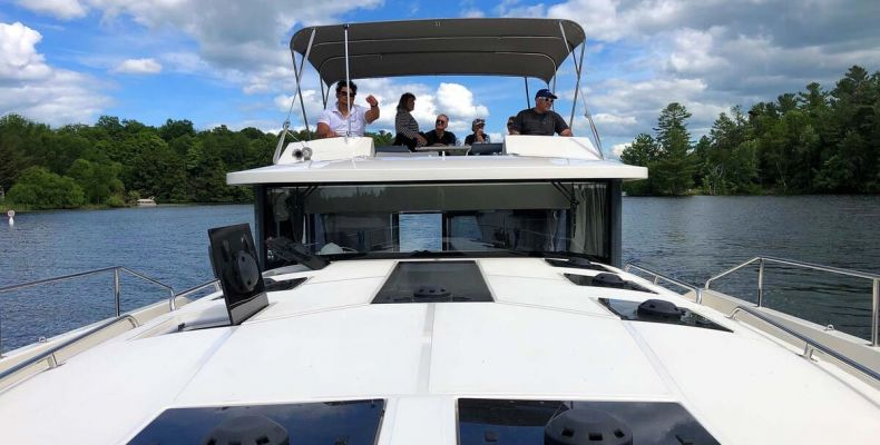 Le Boat on the Rideau Canal