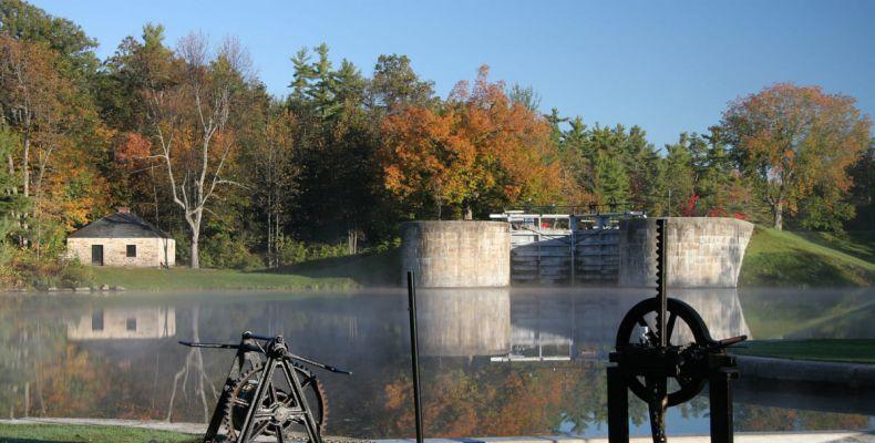 Jones Falls Lock, canal